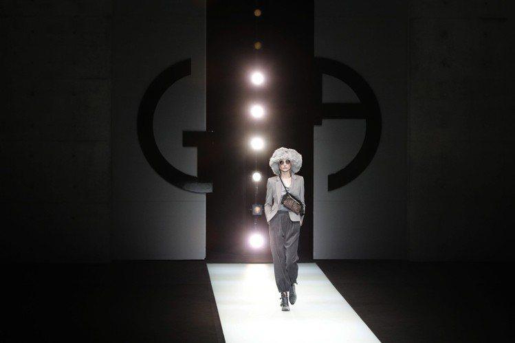 受到多元文化的啟發,Giorgio Armani的2018秋冬系列主題為向「共存...