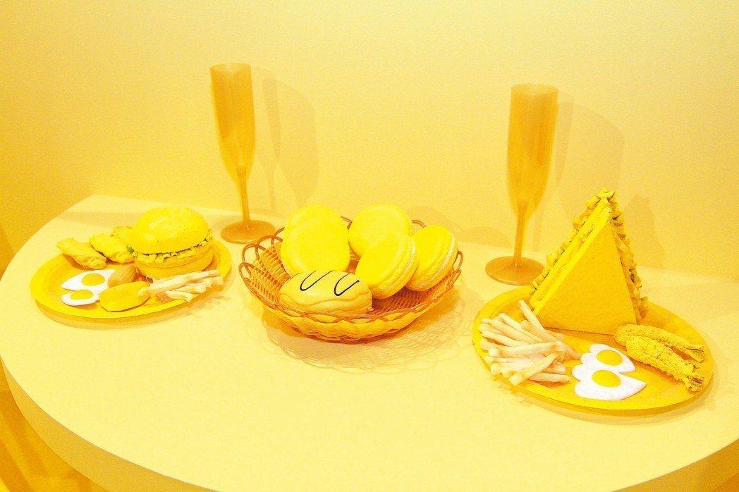 夢幻粉色衣帽間、元氣黃色早餐店、巨大黑白辦公室、無重力漂浮的月色太空…,吸引許多...