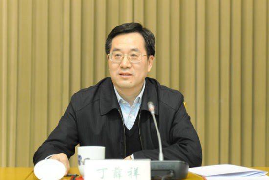 習近平大秘、中辦主任丁薛祥確認有高官篡黨奪權。新華社