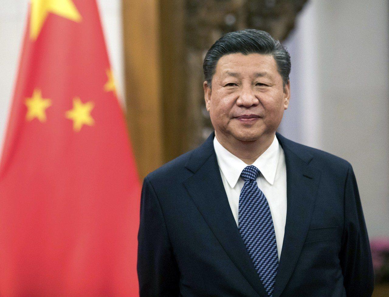 中共中央25日提出修憲建議,刪除國家主席及副主席「連任不得超過兩屆」的規定,為國...