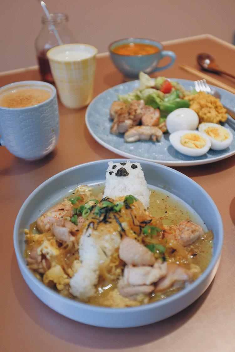 「一點都不雞丼的貓」親子丼。圖/記者沈佩臻攝影