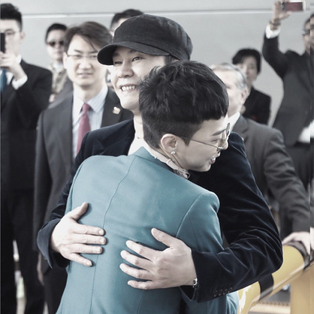 G-DRAGON要入伍當兵去,YG娛樂社長歡送他。 圖/擷自梁賢碩IG