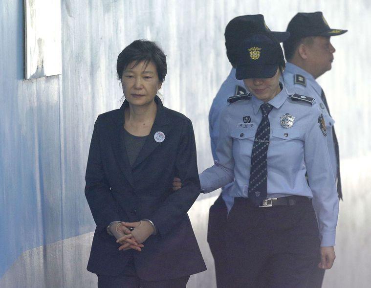 朴槿惠遭檢方求處30年徒刑。美聯社