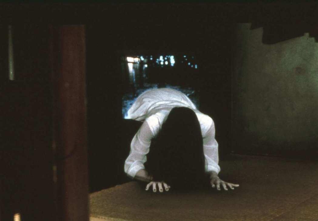掀起日片熱潮的「七夜怪談」,在上映20週年再以難得的膠卷拷貝重返大銀幕,展現貞子