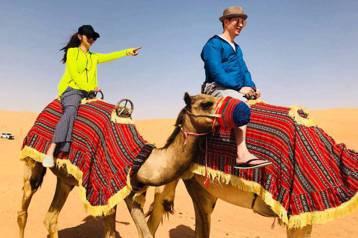 安以軒與澳門CEO老公陳榮煉過年期間到杜拜、阿布達比旅行6天,為了下榻沙漠飯店,一下飛機就搭直升機到目的地,但她接受「蘋果日報」訪問時卻直呼後悔,因為搭直升機就砸了40萬,其他行程則花費60萬,等於...