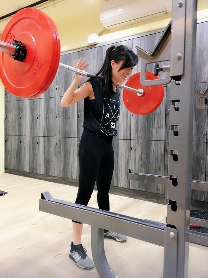 貝童彤每周上3堂健身課,把錢都拿來投資自己。圖/擷自貝童彤臉書