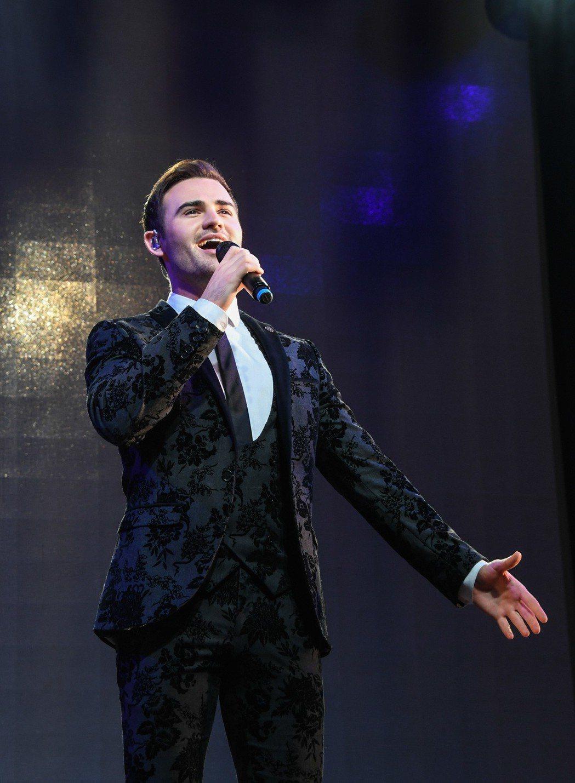 「美聲暖男」首度在台開唱。成員麥可。圖/Live Nation理想國提供