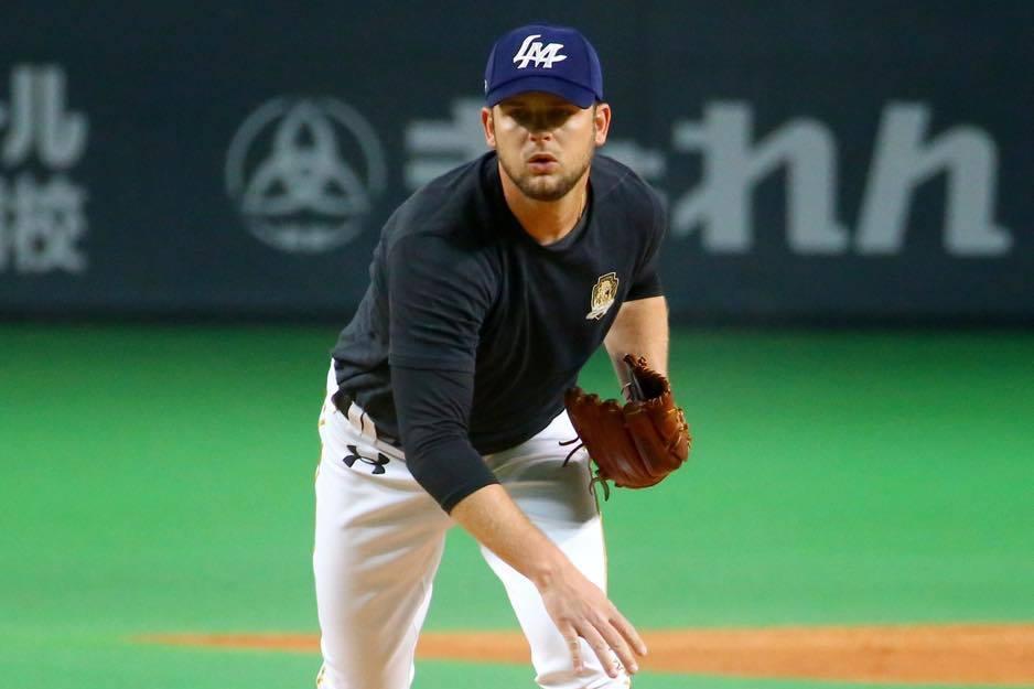 桃猿先發投手克恩三世,就是上季中信兄弟洋投肯恩。 擷圖自桃隊臉書