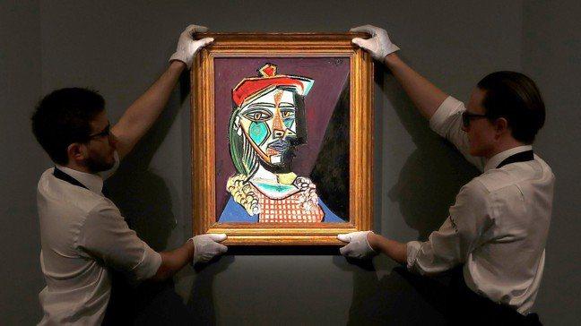 蘇富比表示,這是油畫首次出現在國際藝術拍賣市場,成為蘇富比今年第一場大型拍賣。 ...
