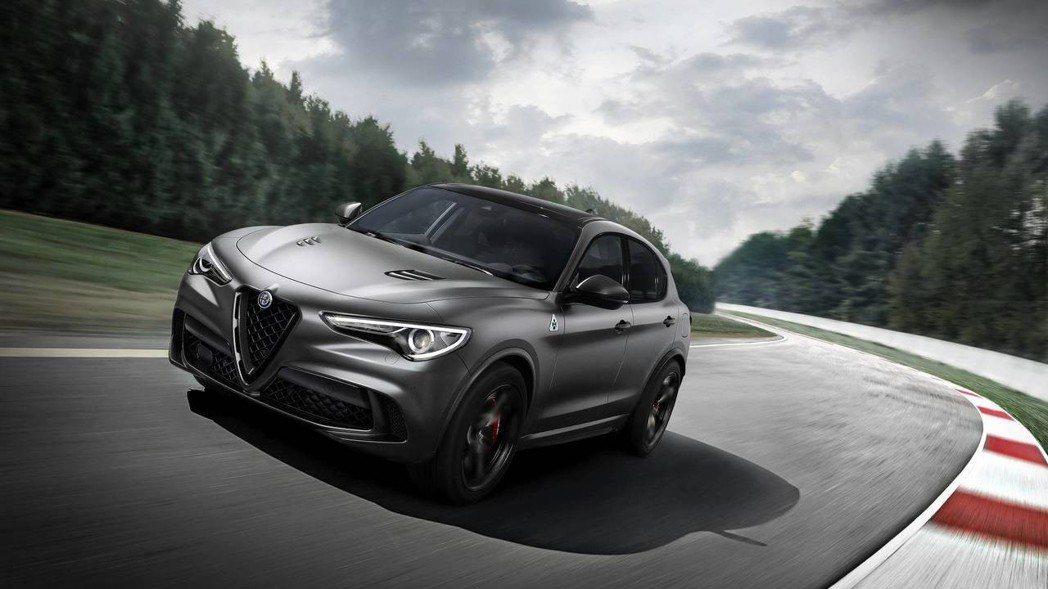 Stelvio的紐柏林版本展現「最速SUV」的氣勢。 摘自Alfa Romeo