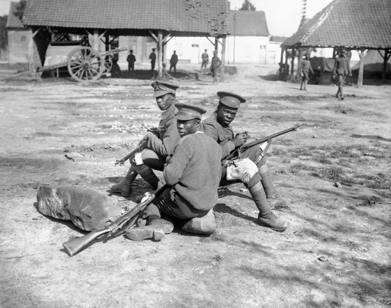 圖為一次大戰期間,歐洲戰場的西印度群島兵團。儘管遠離戰場,但兩次大戰中,西印度群...