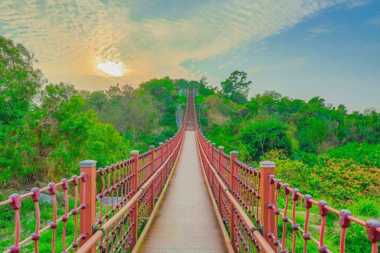 走吧!來高雄「彌陀漯底山自然公園」觀夕陽、看山景