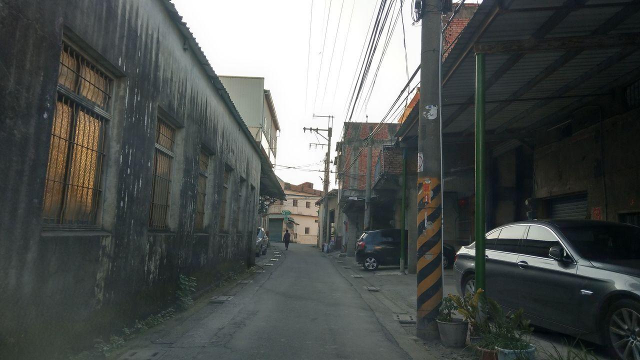 台中市烏日區溪尾里內,巷弄狹窄。記者趙容萱/攝影
