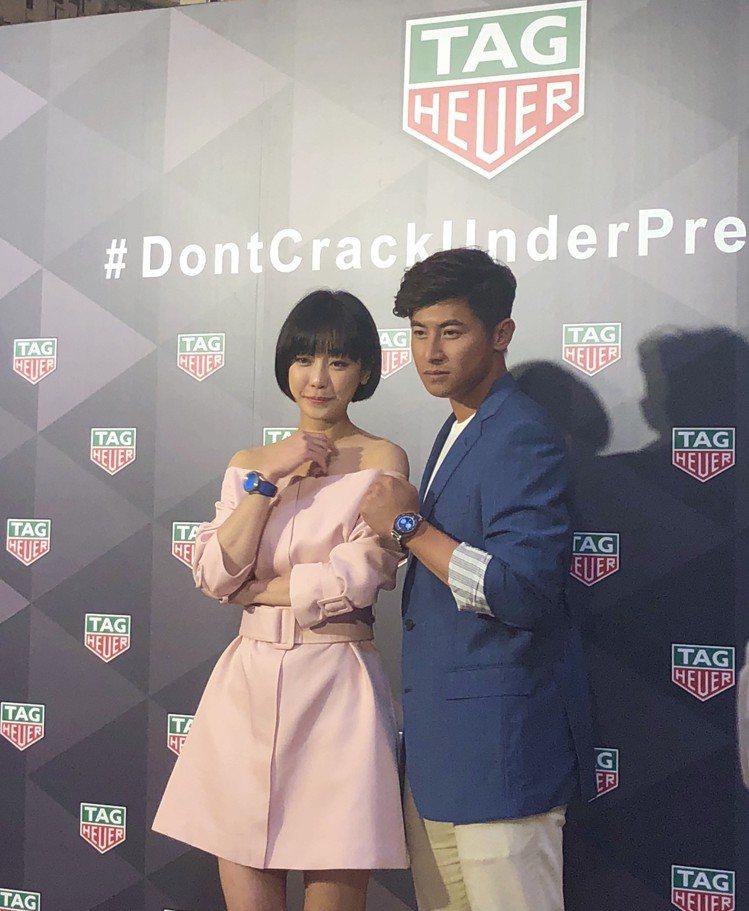 謝欣穎(左)與棒球好手陳傑憲(右)一同出席腕表活動。圖/記者曾智緯攝影
