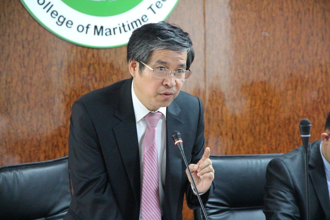私立科大協進會理事長、台北海洋科技大學校長唐彥博認為,民間企業僅以幾千萬元代價,...