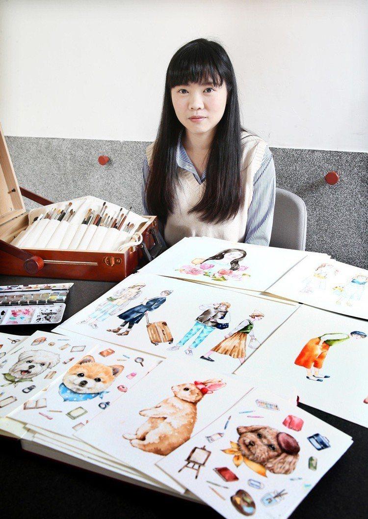 喵星達的水彩創作以人物風格穿搭、貓狗等動物為主角。圖/記者蘇健忠攝