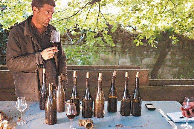 林裕森認為品酒有一套方法論。 圖/林裕森提供