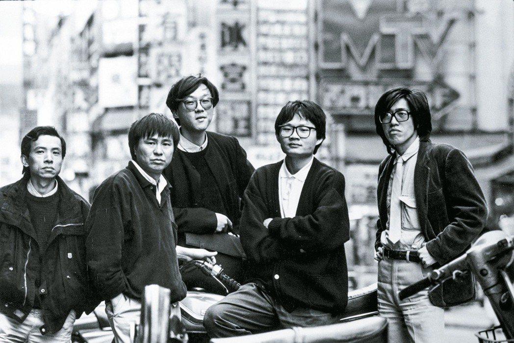 吳念真(左起)、侯孝賢、楊德昌、陳國富、詹宏志等人合影。劉振祥攝影