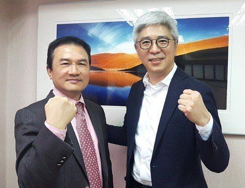 理財周刊發行人洪寶山(左)、陳宏守(右)