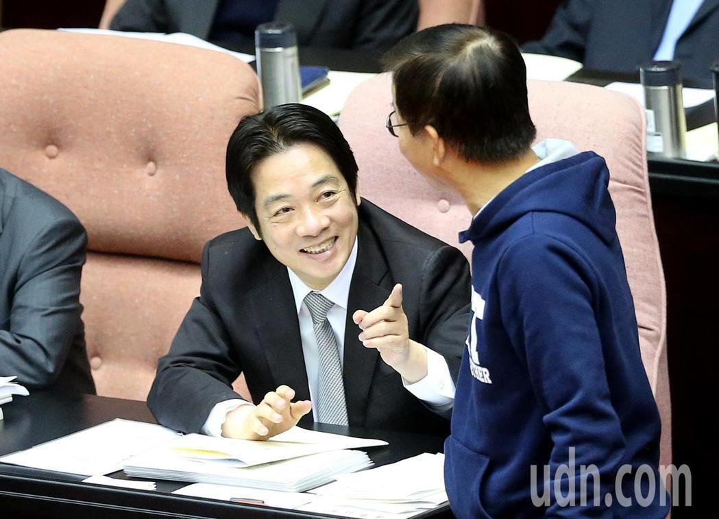中國推出惠台31項政策,行政院長賴清德今在立法院答詢表示,行政院已經請副院長施俊...