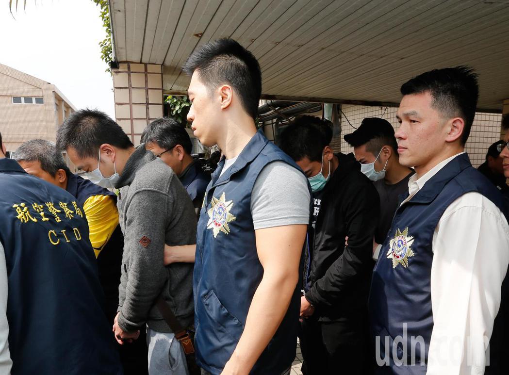 航警局與台北關上午破獲馬來西亞旅客以豬肉乾包裝袋匿藏的K他命闖關,並循線逮捕3名...