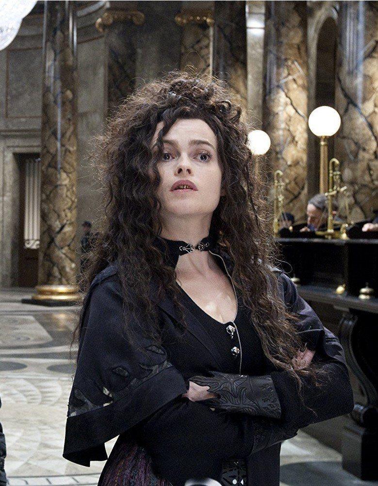 海倫娜寶漢卡特在「哈利波特」扮演邪惡的貝拉雷斯壯。圖/摘自imdb