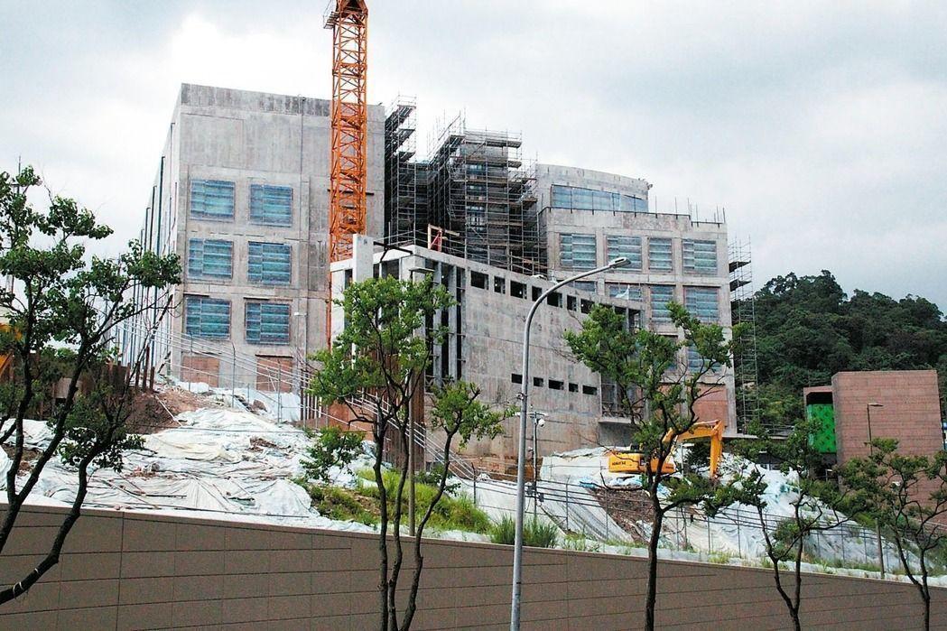 AIT台北辦事處下午證實,該處預計在今年夏季遷入金湖路新址。記者洪哲政/攝影