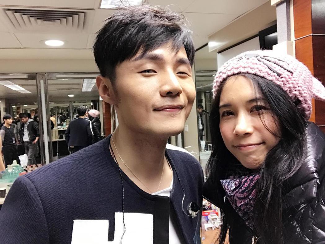 莫文蔚找來李榮浩(左)作詞作曲。圖/摘自臉書
