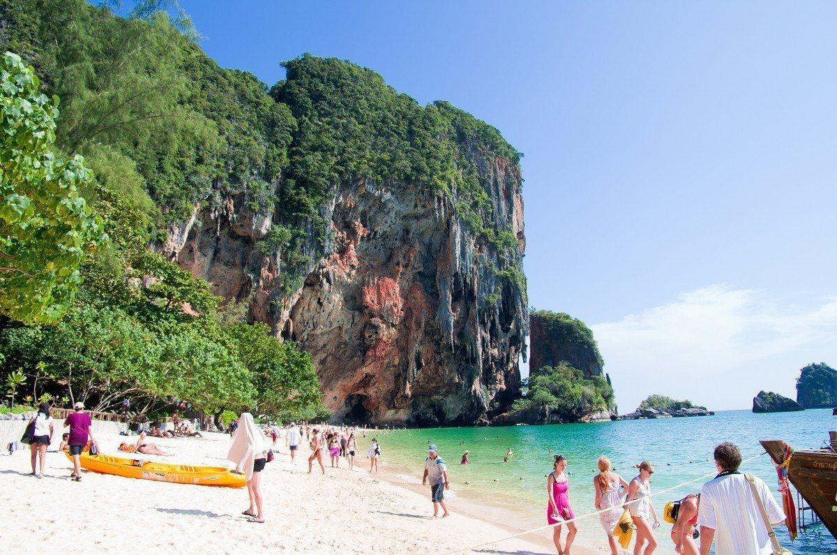 第五名是泰國的「帕南海灘」。圖/TripAdvisor提供