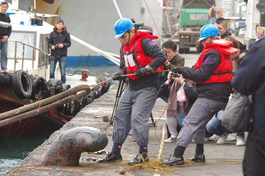 海軍官兵的軍便服就是操作服,艾森豪夾克不利於海上操作。 記者程嘉文/攝影