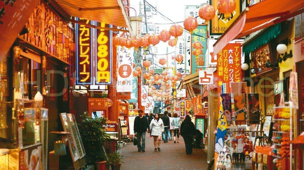 近年搭乘遊輪抵達日本的旅行方式大受歡迎,2016年有199萬名觀光客搭乘遊輪到日...
