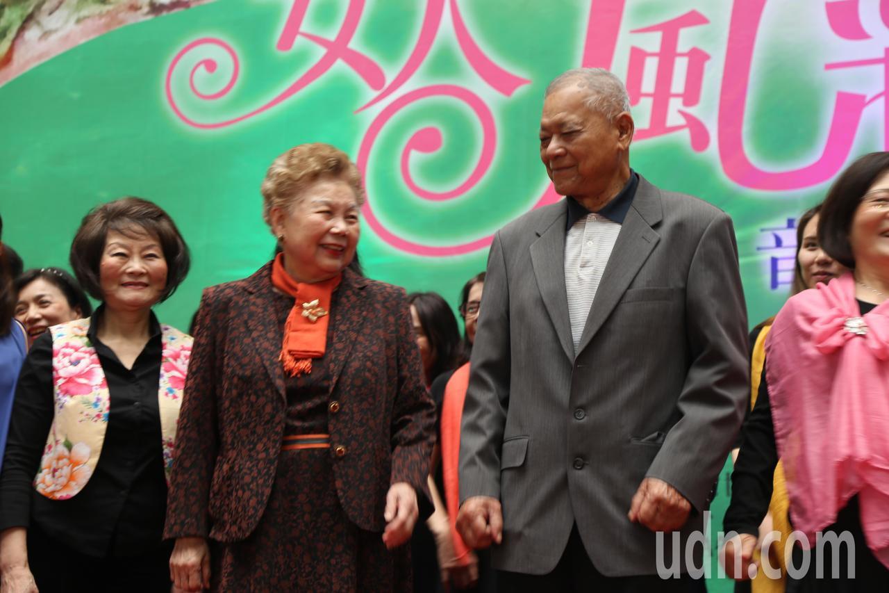 柯爸柯承發、柯媽何瑞英今下午受邀參加107年婦女節慶祝活動。記者魏莨伊/攝影