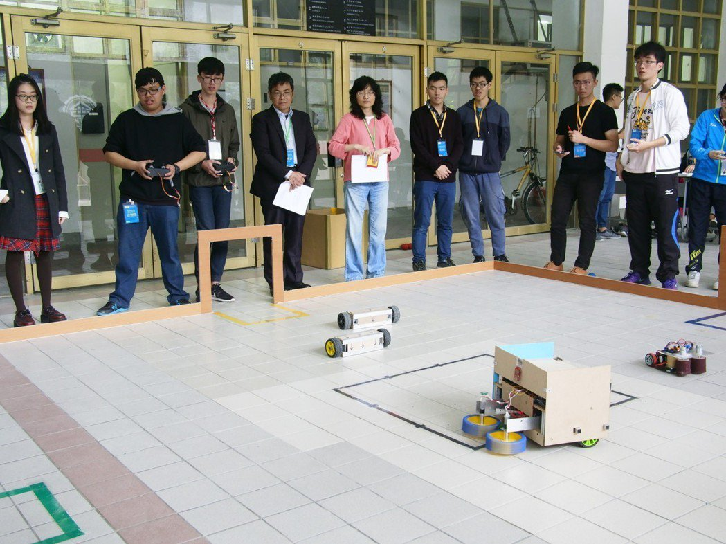 國研院儀科中心連續5年與美國機械工程師學會台灣分會舉辦「國研盃智慧機械競賽」學生...