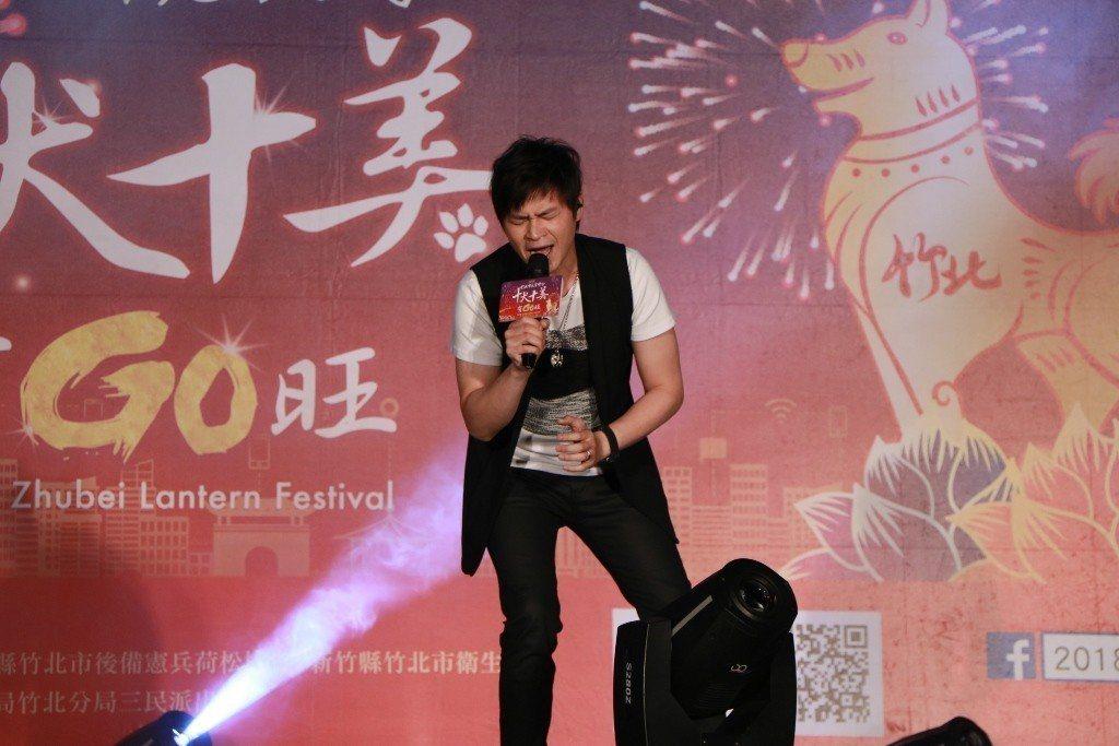 林俊吉唱到快精神分裂。圖/中視提供