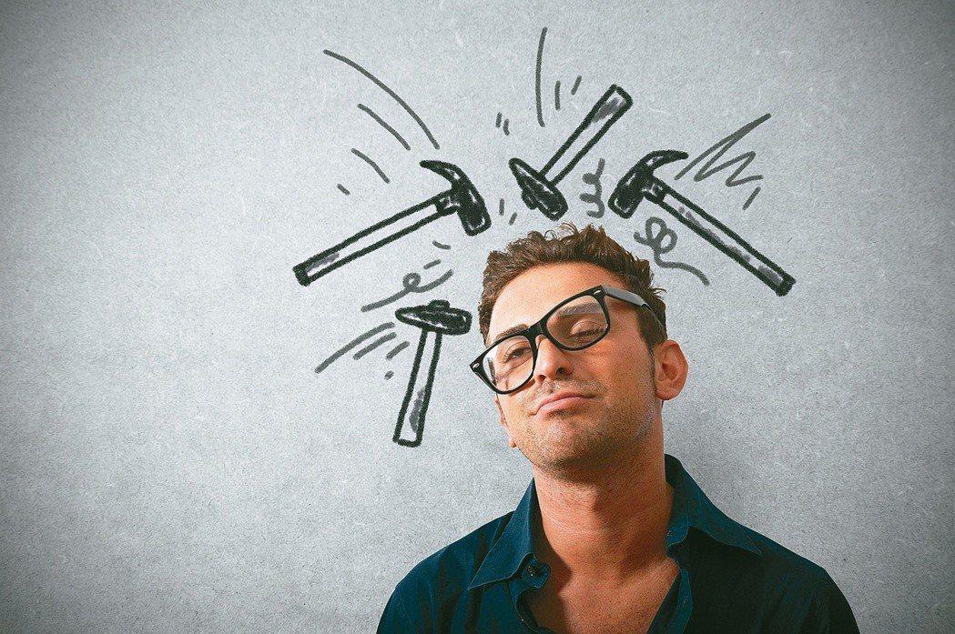 許多慢性疾病要養成良好的生活習慣,偏頭痛患者也是,像是起居規律定時,睡眠充足而不...