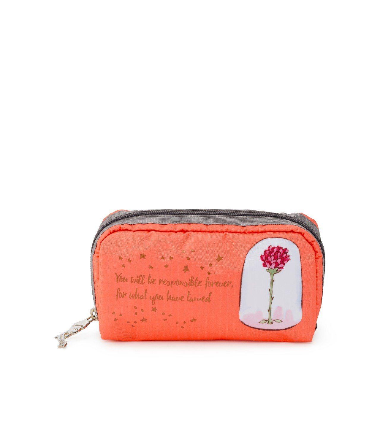 玫瑰長形化妝包,2,000元。圖/LeSportsac提供