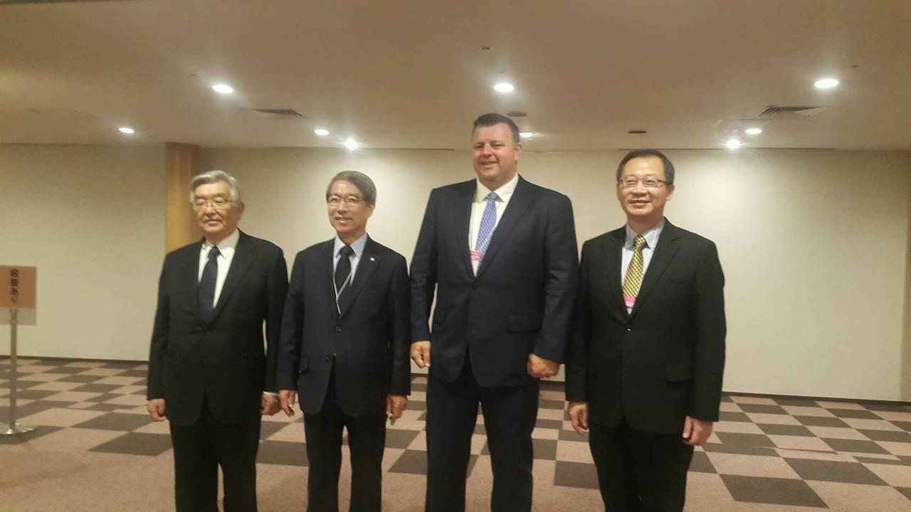 台、日、韓、澳職棒高層齊聚日本會談。圖/中職聯盟提供