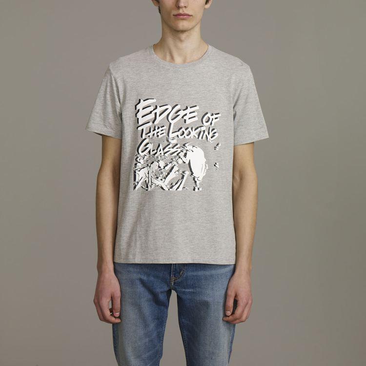 Kim Jones與GU合作系列男裝寬版T恤,約590元。圖/GU提供