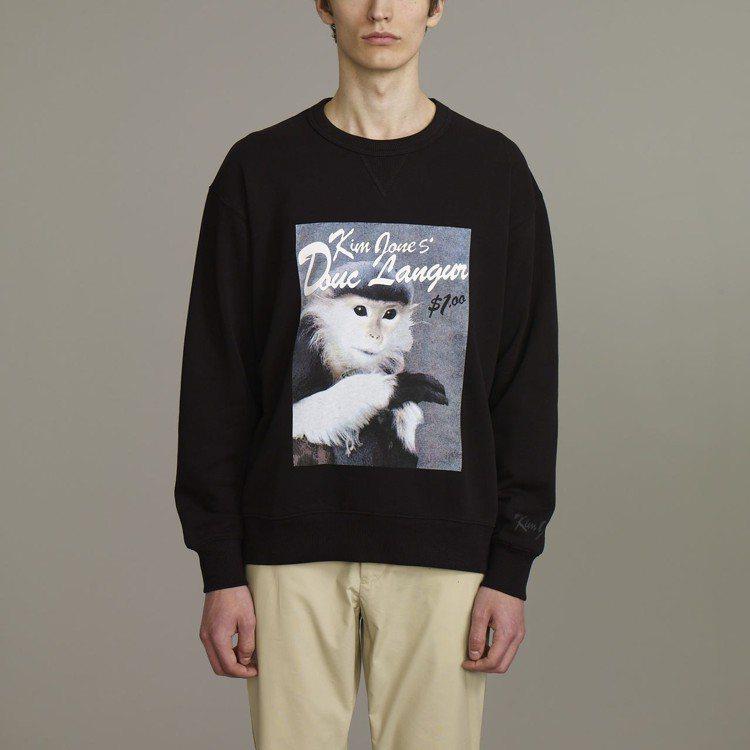 Kim Jones與GU合作系列男裝寬版休閒上衣,約790元。圖/GU提供
