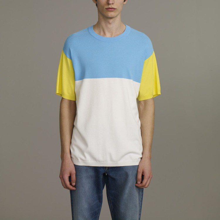 Kim Jones與GU合作系列男裝色塊針織衫,約890元。圖/GU提供