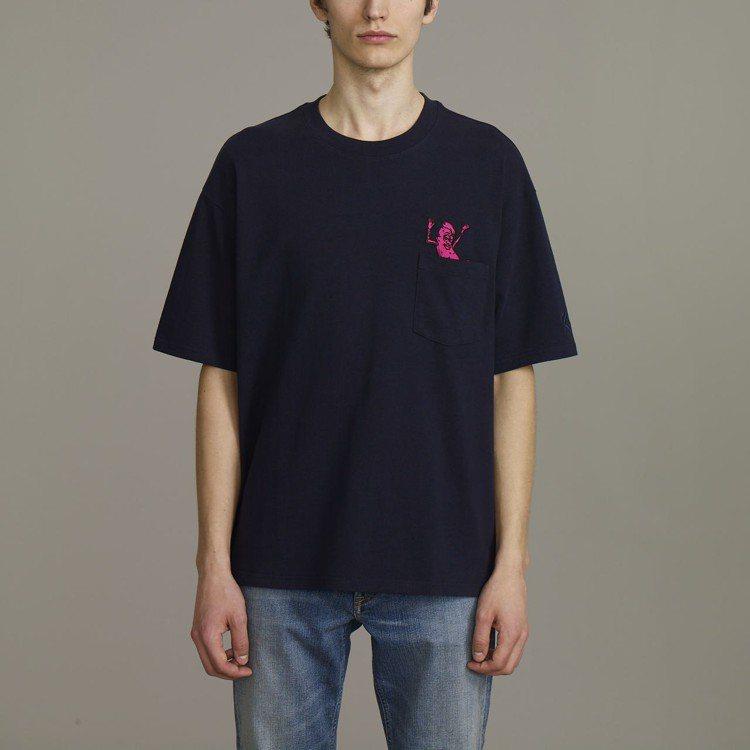 Kim Jones與GU合作系列男裝印花T恤,約390元。圖/GU提供