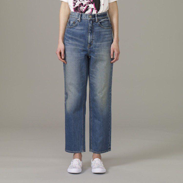 Kim Jones與GU合作系列女裝regular直筒牛仔褲,約1,290元。圖...