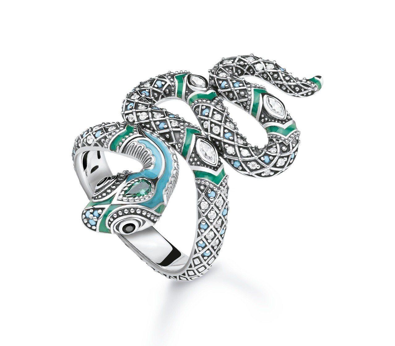 純銀神秘之蛇戒指 ,15,800元。圖/Thomas Sabo提供