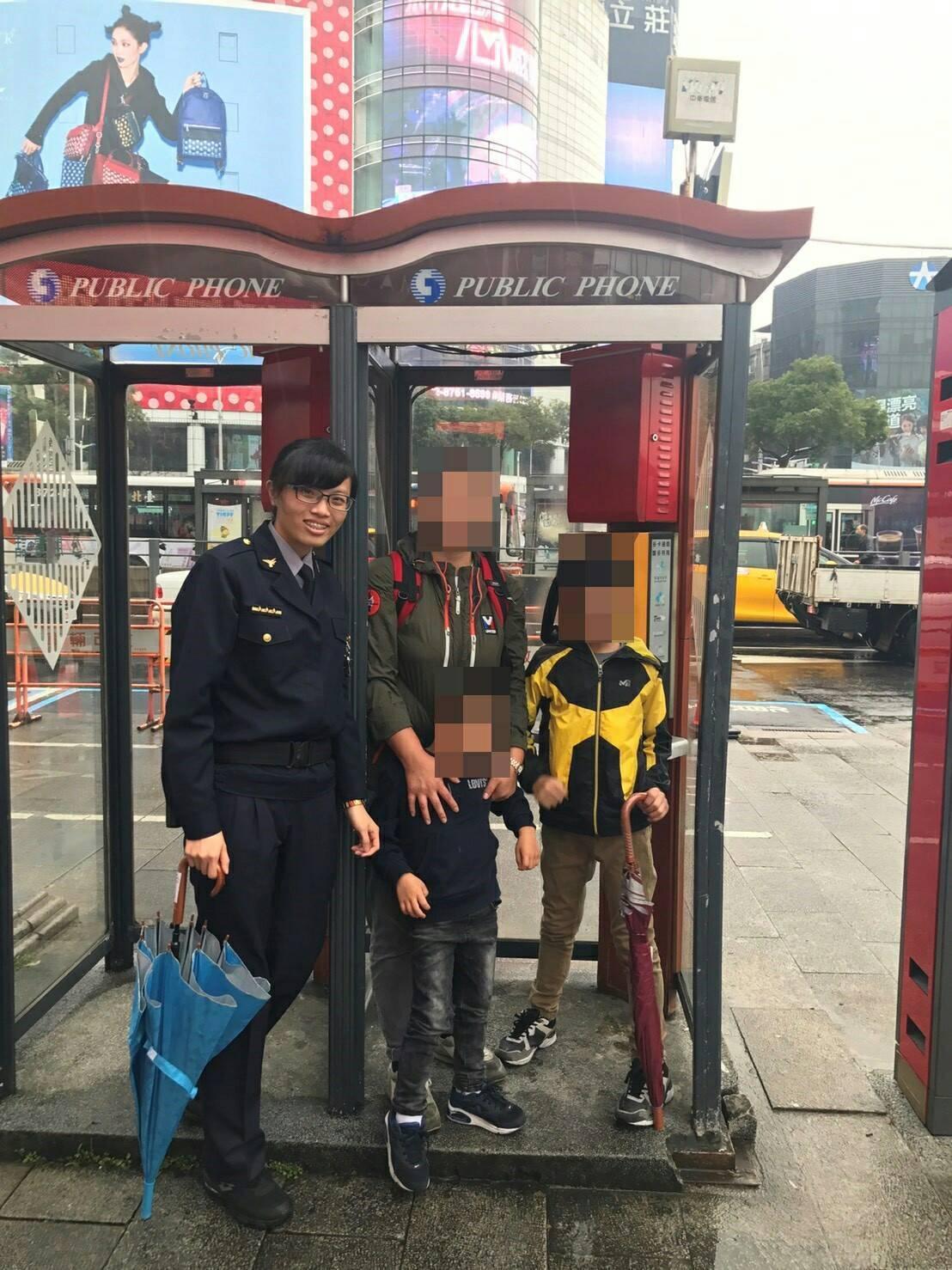 韓籍婦人與兒子走失,台灣警察協助尋回。記者廖炳棋/翻攝
