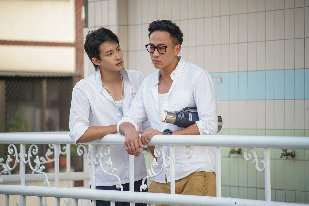 何潤東(右)與張庭瑚對戲精彩。圖/TVBS提供