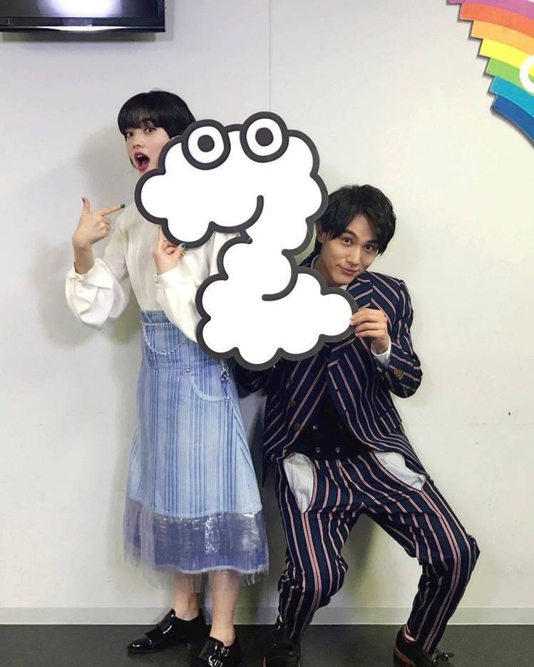 小松菜奈和中川大志。圖/擷自instagram