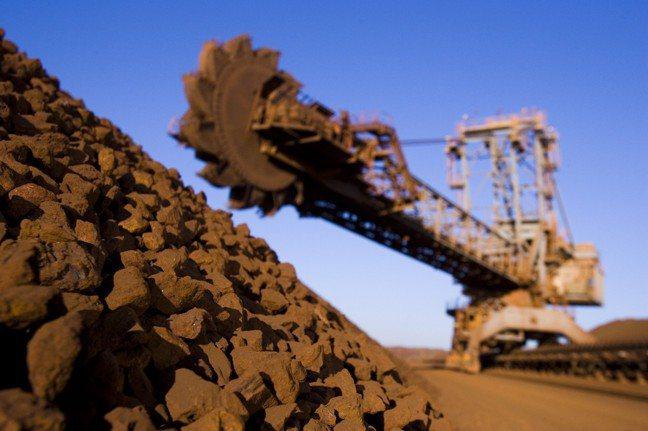 由於礦業投資潮在2012年達到高峰,澳大利亞現階段正面臨產業轉型困境。 路透