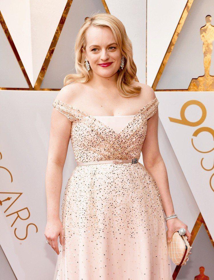 伊麗莎白摩斯粉色Dior禮服配上17.60克拉海瑞溫斯頓Winston Clus...