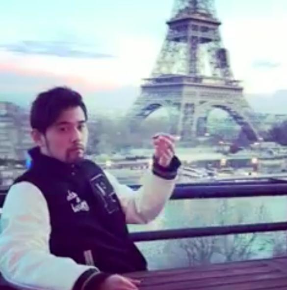 周杰倫在法國大秀魔術。圖/摘自周杰倫IG