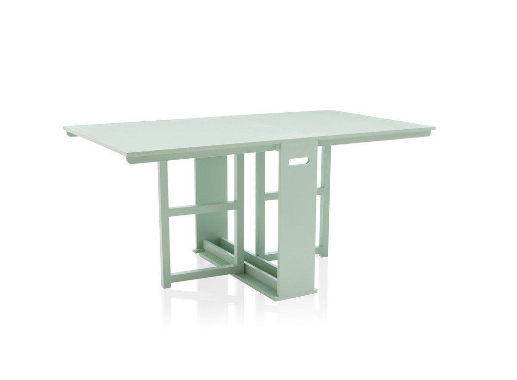Span餐桌(微風信義獨家商品),原價14,500元,特價7,250元。